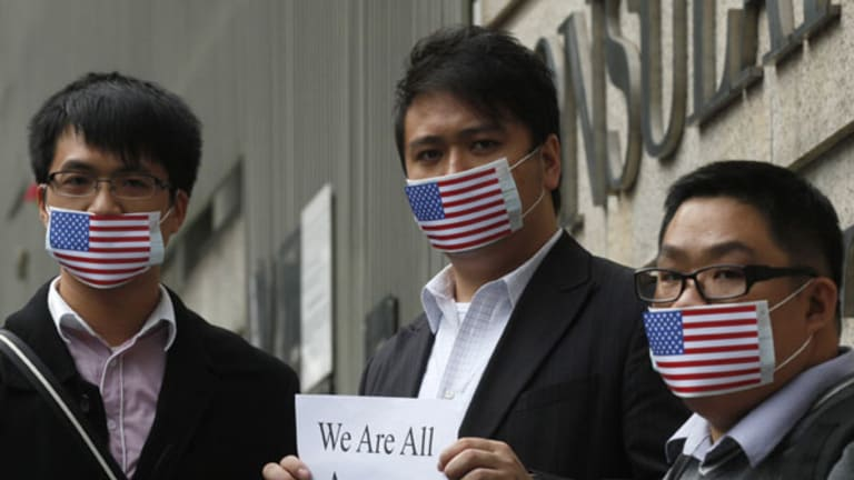 Assange supporters at the US Consulate General in Hong Kong.