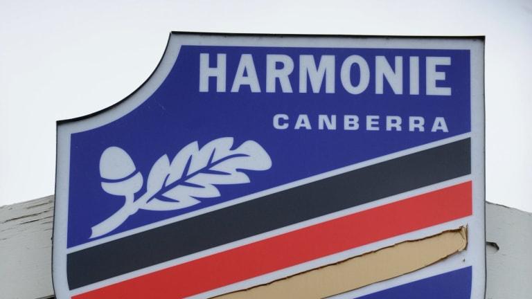 Harmonie Club.
