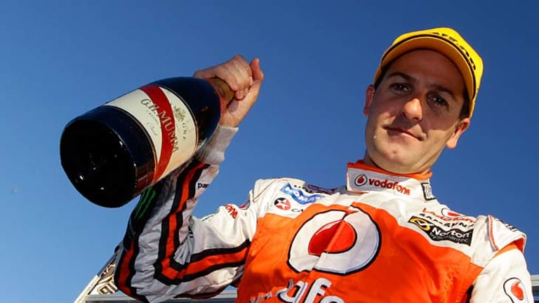 whincup hits back to claim unlikely win. Black Bedroom Furniture Sets. Home Design Ideas