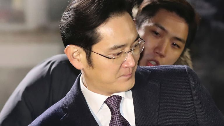 Lee Jae-yong, a vice-chairman of Samsung, after the court's decision to allow him to return home.