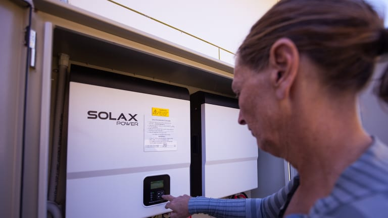 Participants received subsidised solar and battery installations, which were controlled by a central algorithm.