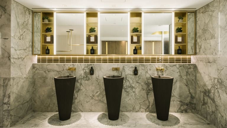 101 Collins Street takes end of trip cycling facilities to a new five-star level.