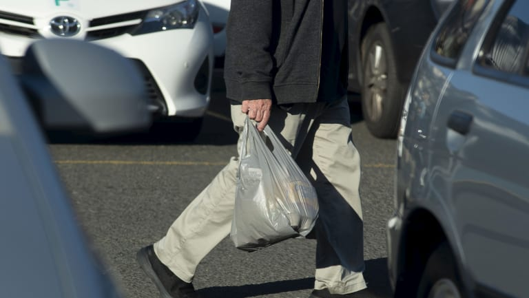 Single-use thin plastic bags are being phased out by all the big supermarkets and states and territories - with one exception.