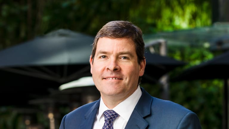 Oliver Yates says the federal government needs to act with economic logic by supporting stronger emissions reductions in the electricity sector.