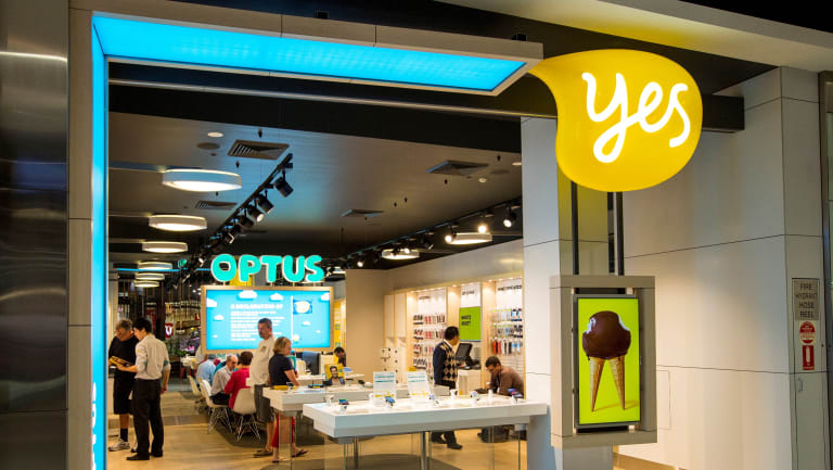Optus had issues when telling customers they'd be refunded on Friday.