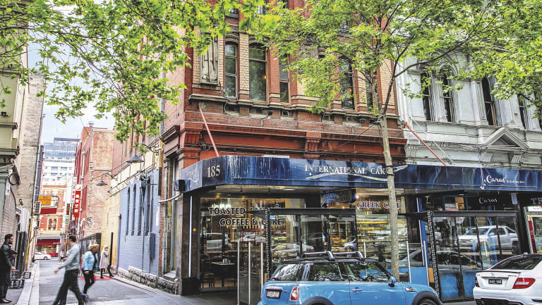 A corner building at 185-187 Lonsdale Street has sold.