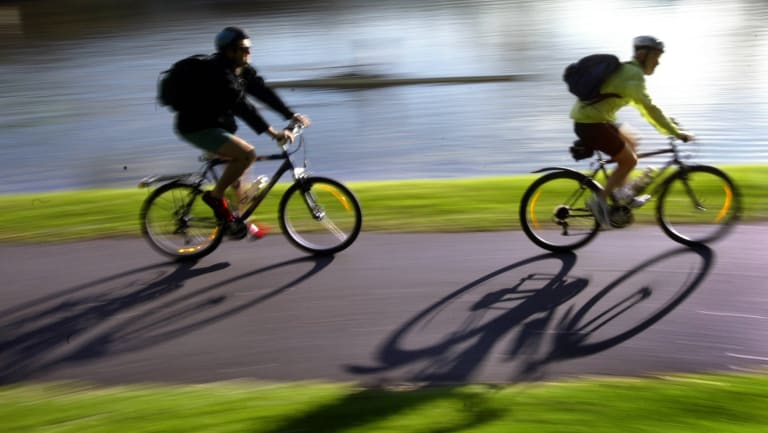 Most people who ride a bike for commuting are not 'cyclists'.