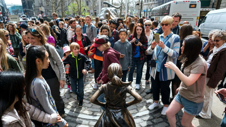 The statue has become a tourist attraction in New York.