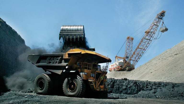 Adani has scrapped a $2 billion agreement to outsource the operation of its Queensland coal mine.
