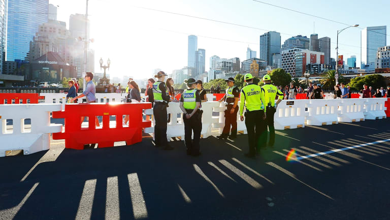 Extra bollards and 1000 police will be in force on New Year's Eve in addition to major street closures.