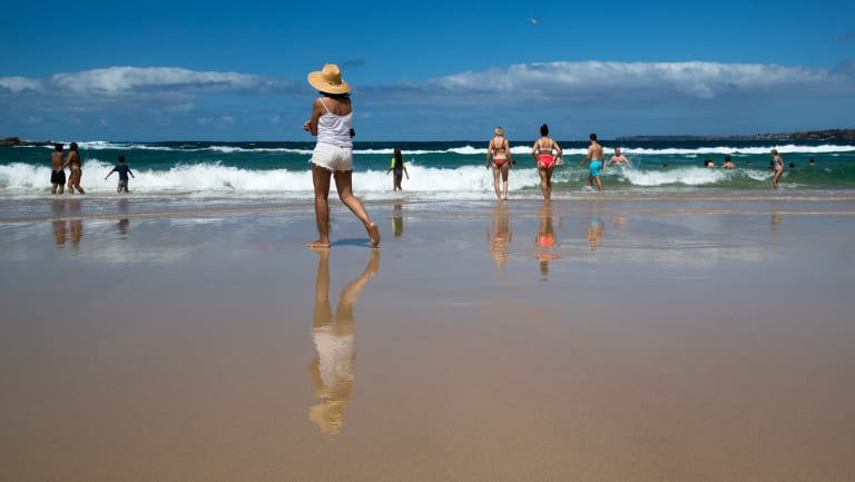 Temperatures in Sydney this April have been more typical of those in mid-summer.