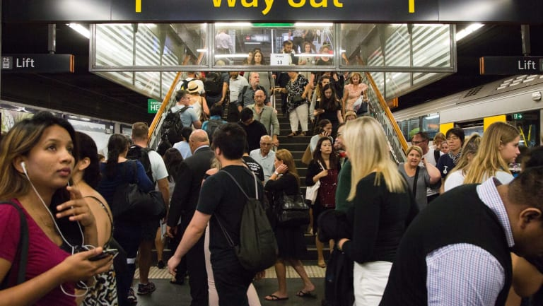 The share of Sydney's commuters using public transport is well above average