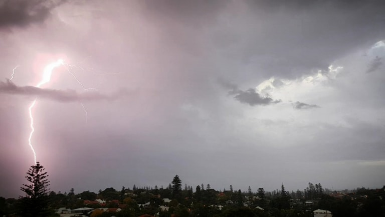9500 homes across WA have been left without power.