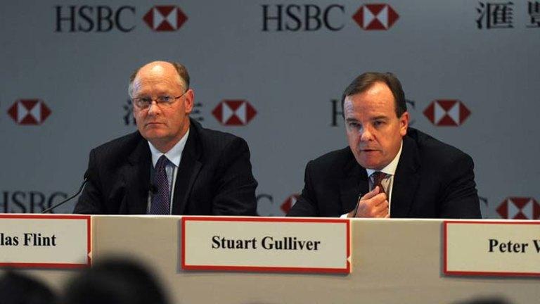Bank scoffs at shareholder dissent