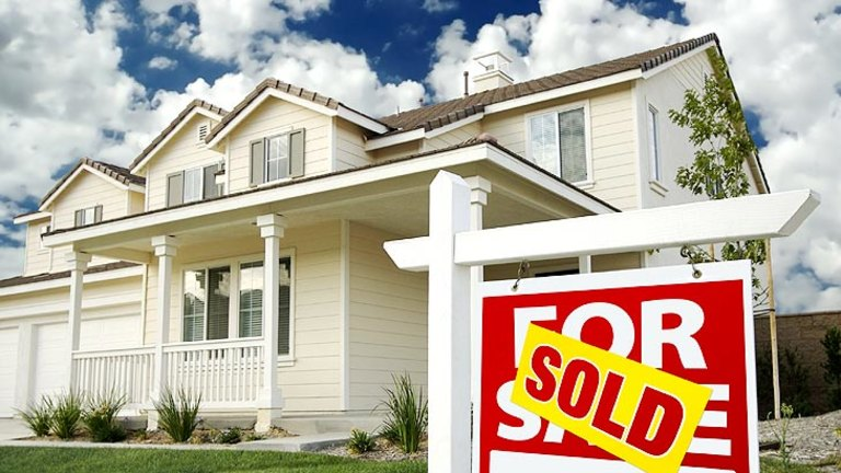Agents withhold house price data