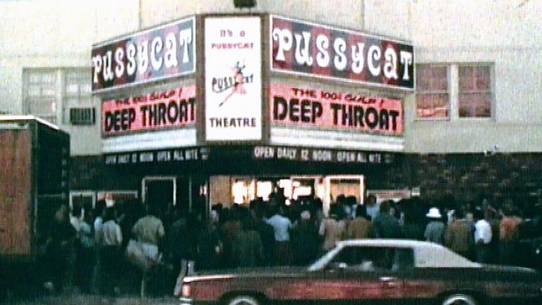 Deep throat in theatres