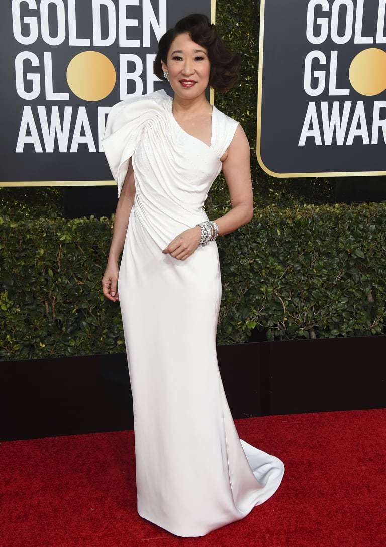 Sandra Oh Arrives on the Golden Globes red carpet