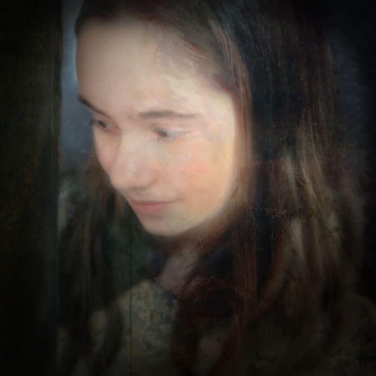 Sophia Szilagyi, Maggie,</i> in <i>Nostalgia</i>.