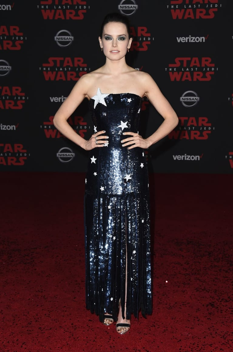 Daisy Ridley twinkles in this dress by Monse.