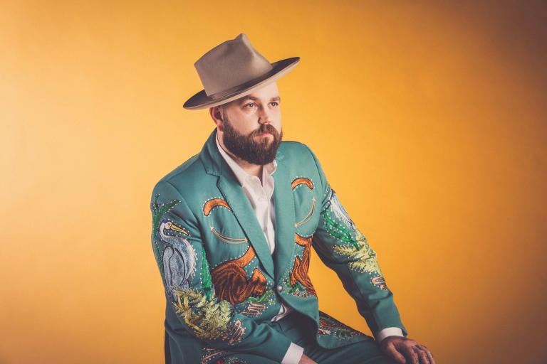 American country singer Joshua Hedley finds the genre speaks to him.