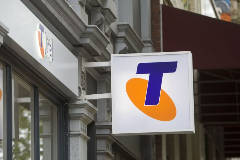 A second issue on the Triple Zero line is being investigated by the government.