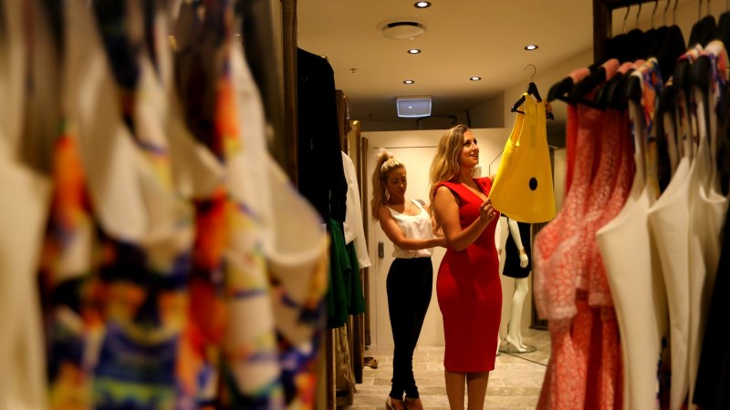 Shoppers in a twist over inconsistent clothing sizes