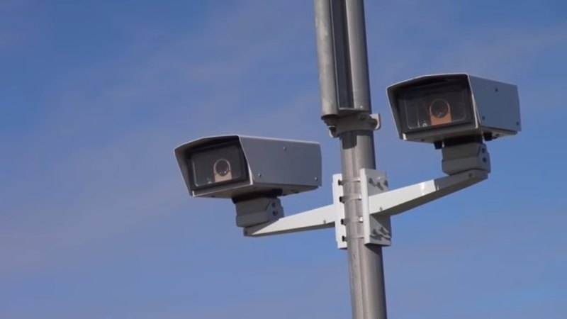 New speed camera on Perth freeway angers drivers
