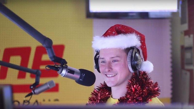 radio dj locks himself in studio to play wham u0026 39 s last