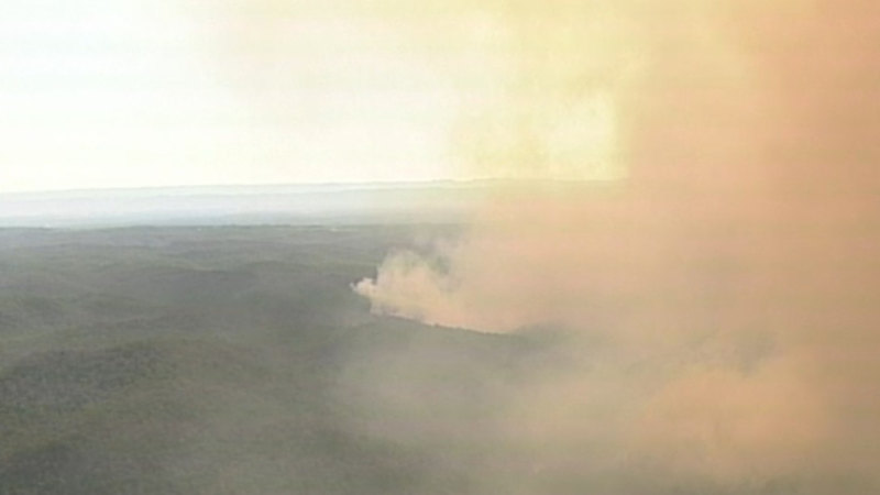 Fire flares again in the Hawkesbury, NSW