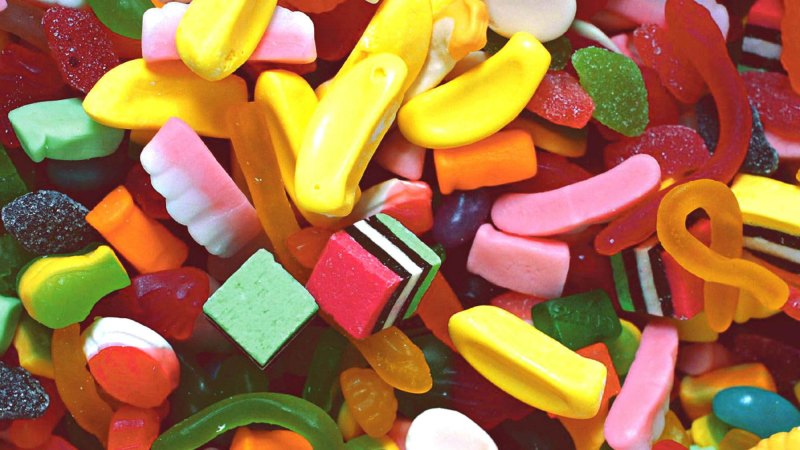 Titanium dioxide food additive under review, after study