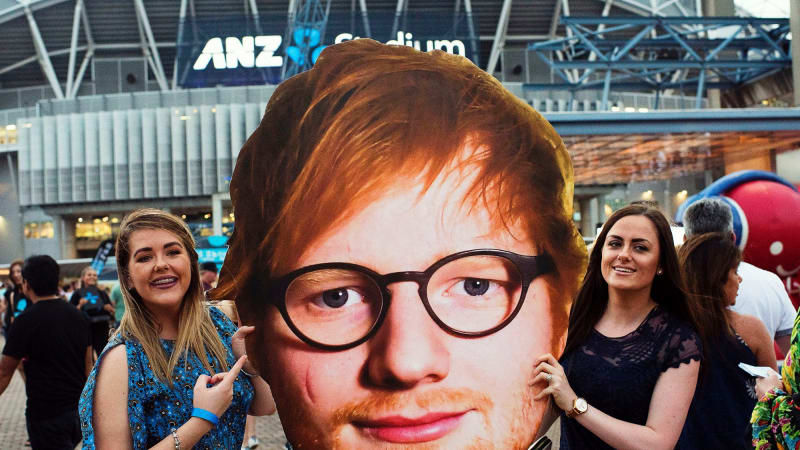 Ed Sheeran review: Fans fall victim to offensive charm at ANZ Stadium