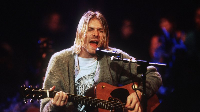 f07867b7 Kurt Cobain's suicide note appears on T-shirt