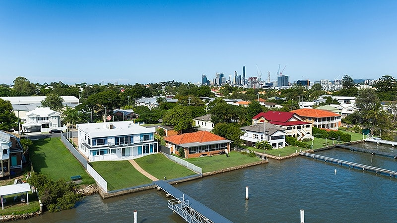 Scientists rate Brisbane's coolest suburbs, reveal tips to heat-proofing your home