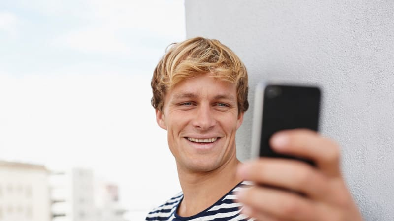 Men who take a lot of selfies 'show strong links to psychopathic tendencies'