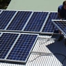 Queenslanders respond to power price 'vibe' and switch to solar panels