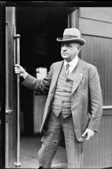 Sir John Monash arrives by train in Sydney for unveiling of Cenotaph on February 21, 1929