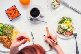 How keeping a food journal can boost your health