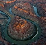 Esta confluencia atmosférica de ríos verdes se incluye en el Parque Nacional Canyonlands, Utah, en