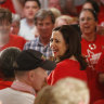 Queensland voters on edge of their seats as Labor nears majority, One Nation flops