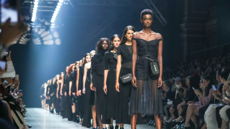 The entire model cast wore black, in a tribute to the #timesup and #metoo movements.