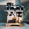 Manual machine with tech-assisted touch makes for perfect home coffee