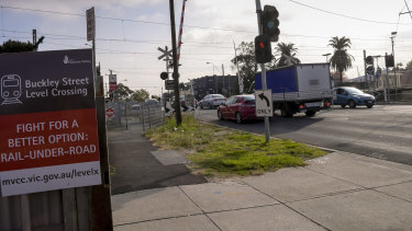 The level crossing on Buckley Street in Essendon