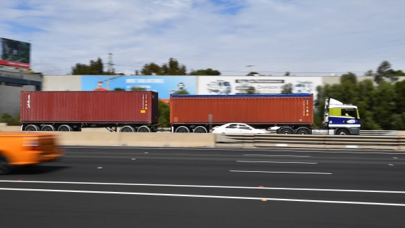 'Big is better': Huge trucks on Eastern Freeway, EastLink and North East Link within a decade