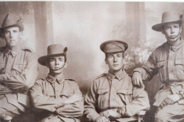 The Potter brothers - Hurtle, Tomas, Ralph and Edward pose for the camera.