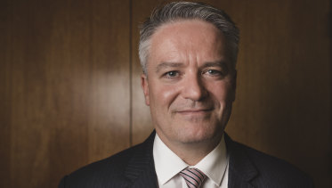 Finance Minister Mathias Cormann is trying to convince Senate crossbenchers to back the corporate tax cuts.