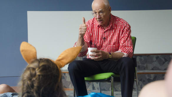 Dr Karl stumped during grilling from Lady Cilento hospital schoolchildren