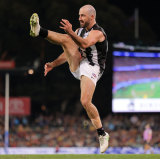 Steele Sidebottom takes a shot on goal at the Adelaide Oval.