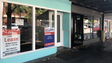 There are several vacant buildings, many with for lease signs in them at Woolloongabba.