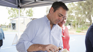 SA Liberal leader Steven Marshall looks set to become the state's next premier.