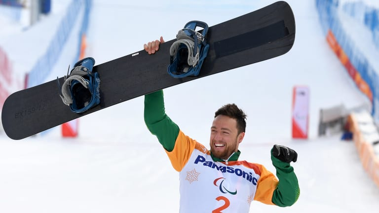 TV viewers had to watch Simon Patmore's gold medal-winning performance in a late-night highlights package.